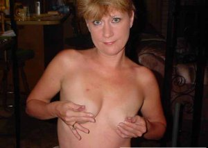Shelina top escort in Merzig