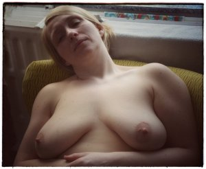 Chrystale sex treffen bordell Chemnitz